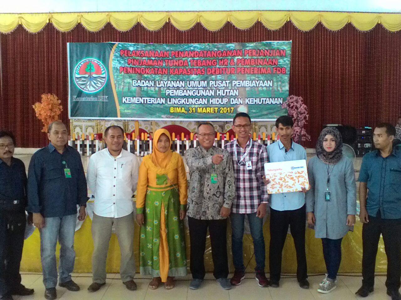 Pinjaman tunda tebang untuk kelompok HR Mori Sama BKPH Ampang Riwo Soromandi